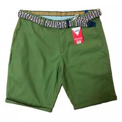 Bermuda verde italiano con cinturón